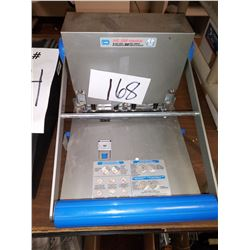 CARL XHC 3300 INDUSTRIAL 3 HOLE PUNCH / APPROX. $230.00 NEW
