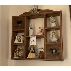 WALL DISPLAY, INCLUDES COLLECTIBLE FIGURINES