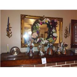 MANTLE CLOCK, INCLUDES ANGELS AND WREATH