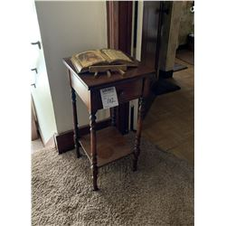 VINTAGE ONE DRAWER STAND