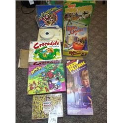 LARGE VINTAGE GAMES LOT, WITH KID'S MUSICTIME RECORD PLAYER