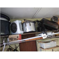 KITCHEN LOT: SINGLE BURNER, POTS, FOOD CHOPPER, MORE