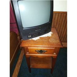 EMERSON TV / VCR AND STAND