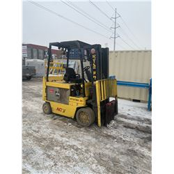 HYSTER E80Z 8000LBS ELECTRIC FORK LIFT WITH FORKS - DEAD BATTERY / NO CHARGER