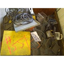 LOT OF PORTABLE INDUSTRIAL WORK LIGHTS