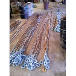 3000 - 4000 LIKE NEW LOG CHAINS W HOOKS
