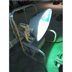 LARGE INDUSTRIAL WORK SITE LIGHT
