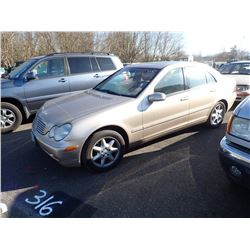 2002 Mercedes-Benz C240