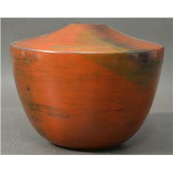 NAVAJO INDIAN POTTERY SEED JAR (SUSIE CRANK)