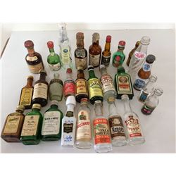 Collection Miniature Bottles