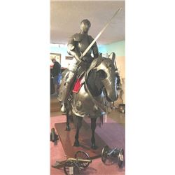20BM1-39 MOUNTED HORSE ARMOR