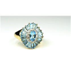 20CAI-41 BLUE TOPAZ & DIAMOND RING