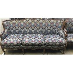 20TMO-230 SUITE OF COUCH & CHAIRS