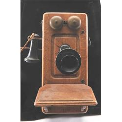 20TMO-187 ANTIQUE PHONE