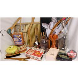 Box Lot : SKEENA Tin Washboard, Repro Marilyn Monroe Tin Sign, Wooden Clothes Hangers, Vintage Curli