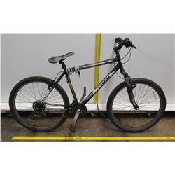 Trek 820 Black Men's Mountain Bike w/ Shimano Tourney Gearing