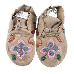 Crow Apsaalooke Whimsical Beaded Moccasins c. 1890