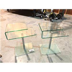 PAIR OF MODERN GLASS END TABLES