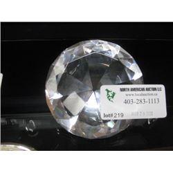 OPTIC DIAMOND PAPER WEIGHT