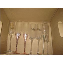 BOX OF ASSORTED CHAMAGNE GLSSES