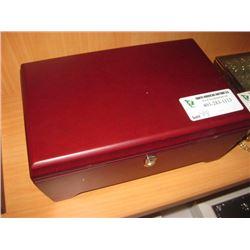 RED JEWEL BOX W KEY& TASSLE