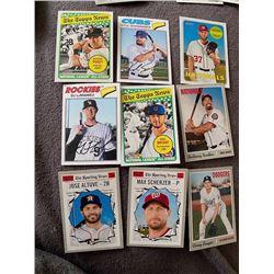 Heritage baseball card Lot: Buster posey, Bryant, Altuve seager, schwarber