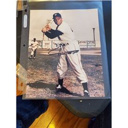 WIllie Mays Sighned Picture With COA