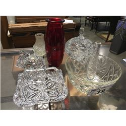 7 PCE DECORATIVE ITEMS PINWHEEL CANDY DISH/GLASS TURTLE/ASHTRAY/VASES/PINWHEEL BOWL &  BUD VASE