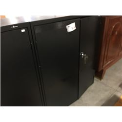 "PROSOURCE BLACK METAL LOCKABLE STORAGE CUPBOARD (WITH KEYS) 36"" X 42.5"" - C"