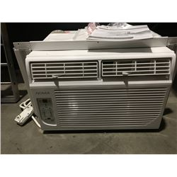 NOMA WINDOW AIR CONDITIONER MODEL 043-5238-4 - 12000 BTU