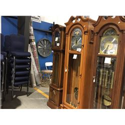 COLONIAL TIMES GRANDFATHER CLOCK - WESTMINSTER CHIME