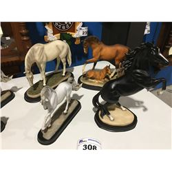 GROUP HORSE ORNAMENTS (APPROX 4 PCE)