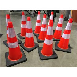 """10 X SAFETY HIGHWAY CONES 28"""" HIGH - P"""