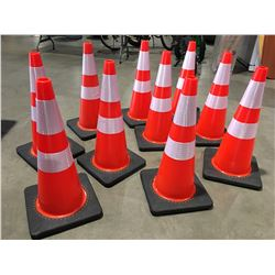 """10 X SAFETY HIGHWAY CONES 28"""" HIGH - S"""