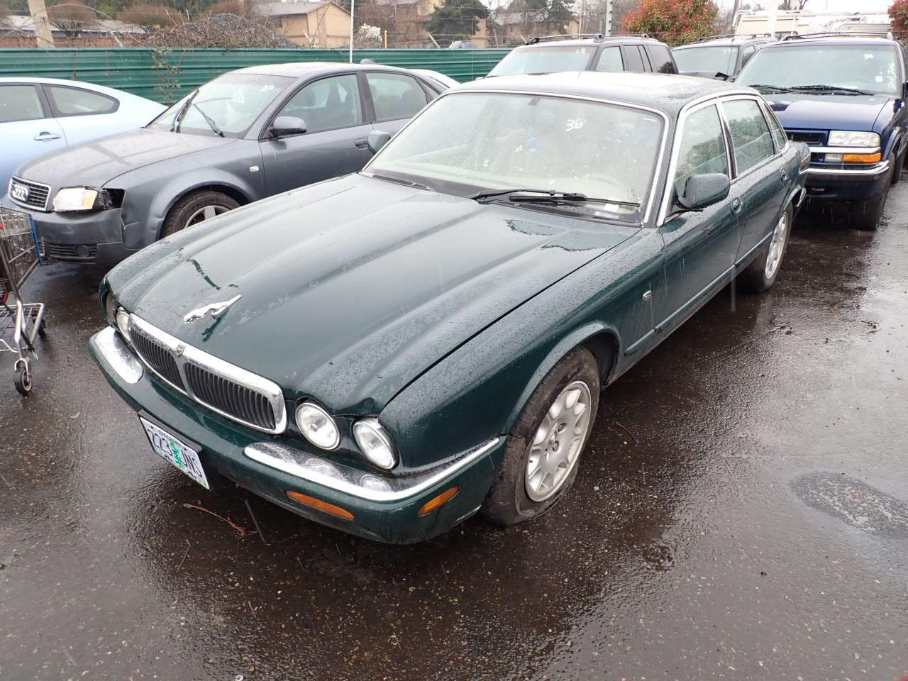 1999 Jaguar XJ8 - Speeds Auto Auctions