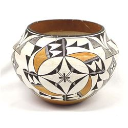 Historic Acoma Pottery Olla, Mrs. Santana Antonio