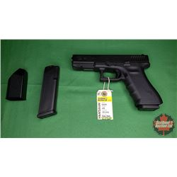 Handgun (Restricted): Glock 22 ~ 40 S&W Semi-Auto w/Case & Extra Clip & Quick Loader) S/N#NVY090