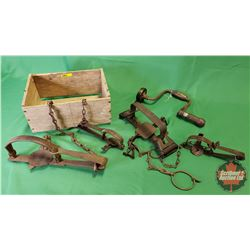 Wood Box w/Variety of Traps & Brace Tool