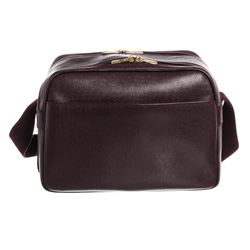 Louis Vuitton Burgundy Taiga Leather Reporter PM Bag