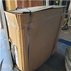 BOX OF PLASTIC BANDING