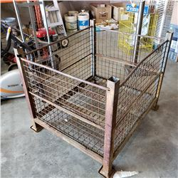 LOT OF WIRE METAL RACKS AND CAGES