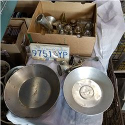 BOX OF GLASS INSULATORS, 2 GOLD PANNING DISHES, AND MEAT GRINDER