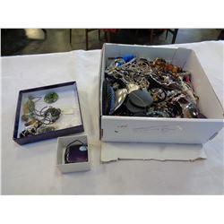 BOX OF JEWELLERY AND JADE JEWELRY ETC