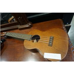 PURE HAWAIAN CLASSIC LOW A HAND CRAFTED UKULELE MODEL CL 600
