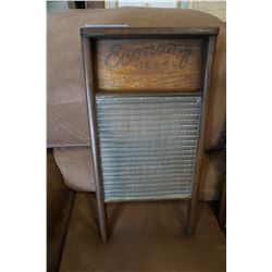 ECONOMY GLASS CANADIAN ANTIQUE WASH BOARD