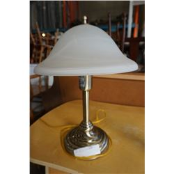 TABLE LAMP W/ GLASS SHADE