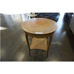 WOOD 2 TIER FRENCH PROVINCIAL END TABLE