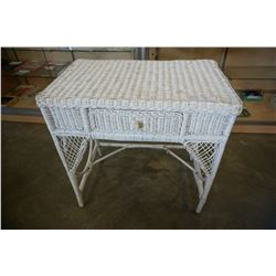 WHITE WICKER 1 DRAWER DESK