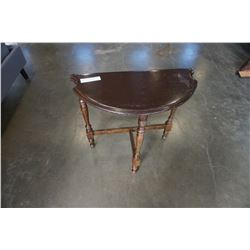 ANTIQUE D TABLE
