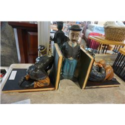 LAUREL AND HARDY AND OTHER WOOD FIGURES BOOKENDS